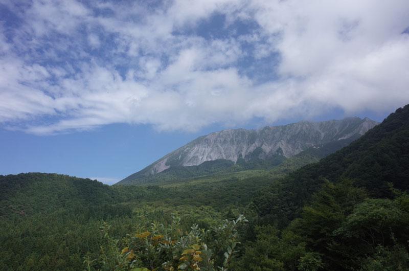 鍵掛峠から見える大山