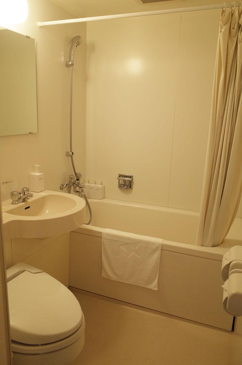 大山レークホテルのバスルーム