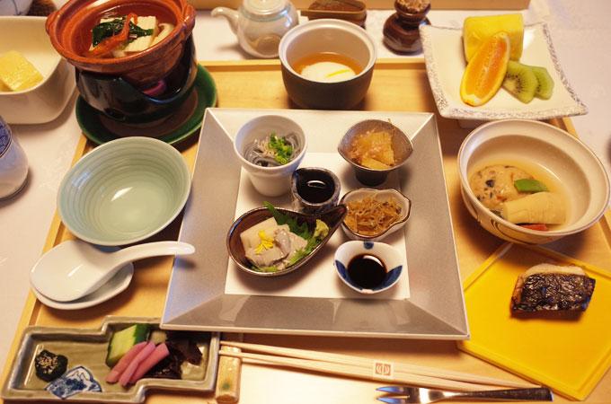 中の坊瑞苑の朝食
