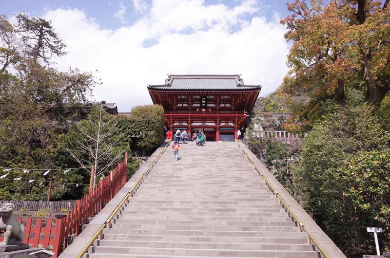 本殿手前の階段