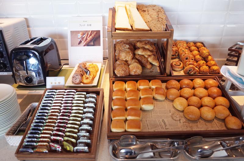 日本平ホテルの朝食ビュッフェ パン
