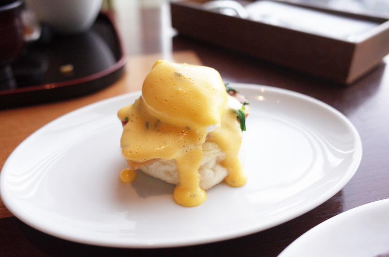 オリエンタルホテル神戸 朝食ビュッフェのエッグベネディクト