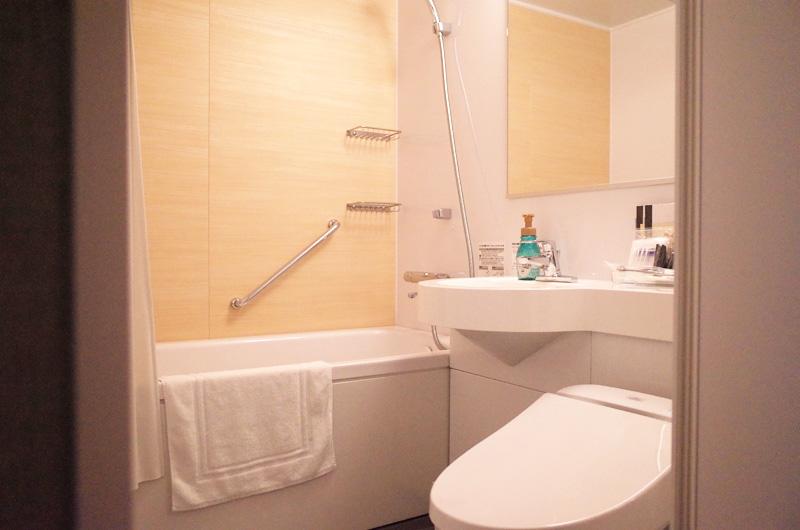 静鉄ホテルプレジオ京都烏丸御池のバスルーム