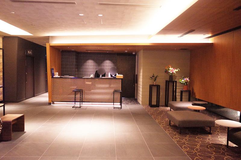 静鉄ホテルプレジオ京都烏丸御池のロビー