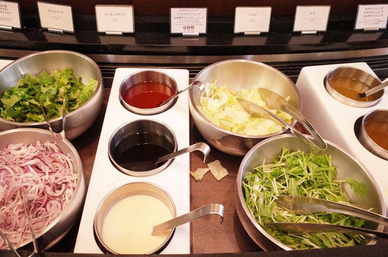 神戸メリケンパークオリエンタルホテル 朝食バイキング サラダ