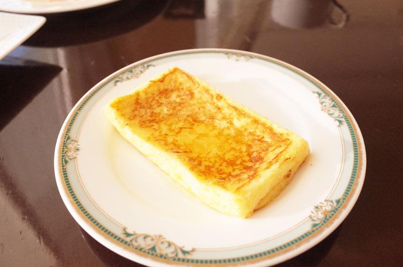 神戸メリケンパークオリエンタルホテルの朝食バイキングで名物のフレンチトースト