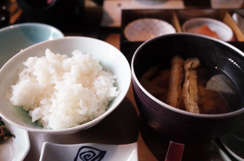 琴平花壇の朝食 ご飯とお味噌汁
