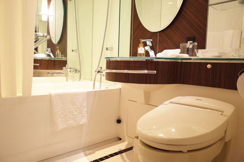 神戸ポートピアホテル宿泊記 バスルーム