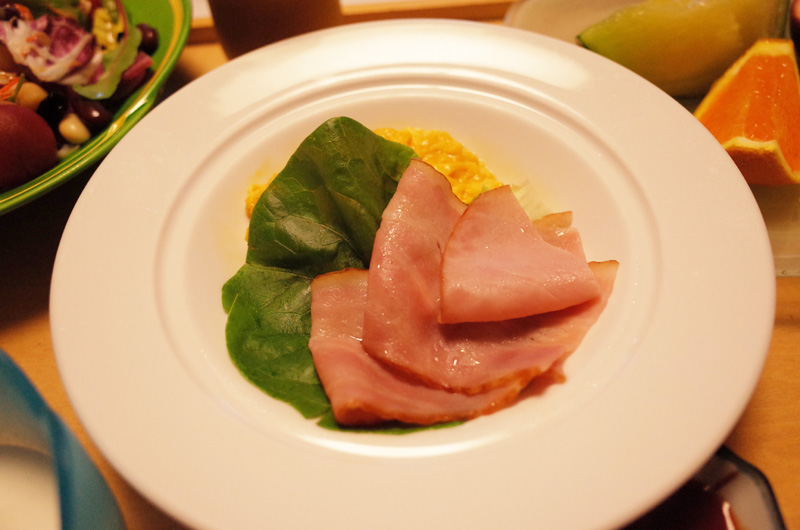 中の坊瑞苑の朝食 洋食の卵料理 スクランブルエッグ